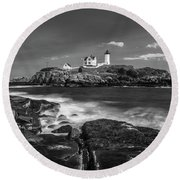 Maine Cape Neddick Lighthouse In Bw Round Beach Towel