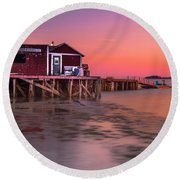 Maine Coastal Sunset At Dicks Lobsters - Crabs Shack Round Beach Towel