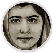 Malala Yousafzai- Teen Hero Round Beach Towel
