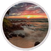 Maluaka Beach Sunset Round Beach Towel