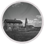 Round Beach Towel featuring the photograph Manassas Battlefield Farmhouse 2 Bw by Frank Romeo