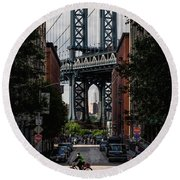 Manhattan Bridge  Round Beach Towel