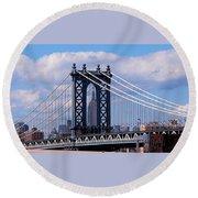 Manhattan Bridge Framing The Empire State Building Round Beach Towel