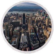 Manhattan, Ny Round Beach Towel by Martina Thompson