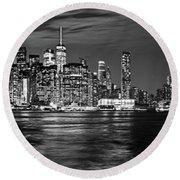 Manhattan Skyline At Dusk From Broklyn Bridge Park In Black And  Round Beach Towel