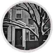 Manhattan Town House Round Beach Towel