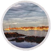 Round Beach Towel featuring the photograph Marblehead Neck From Fort Beach by Jeff Folger