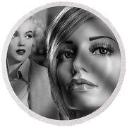 Marilyn And Luna Round Beach Towel