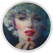 Marilyn Monroe 132 A Round Beach Towel