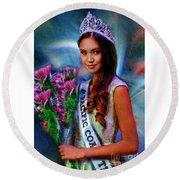 Marizza Delgado Miss Pacific Coast Teen 2016 Round Beach Towel