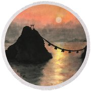 Married Couple Rocks At Sunset Round Beach Towel
