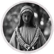 Mary With Rosaries Round Beach Towel