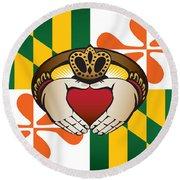 Maryland Irish Claddagh Art Round Beach Towel