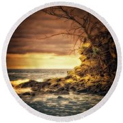 Maui Ocean Point Round Beach Towel