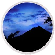 Mauii Round Beach Towel