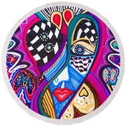 Me Looking For Love - Viii Round Beach Towel