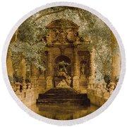 Paris, France - Medici Fountain Oldstyle Round Beach Towel