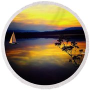 Mellow Moments In New England Round Beach Towel