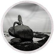 Mermaid Of The North Mono Round Beach Towel