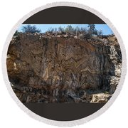 Metamorphic Geologic Wall In Kings Canyon Giant Sequoia National Monument Sequoia National Forest Round Beach Towel