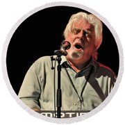 Michael Mcdonald At Tampa Bay Round Beach Towel