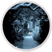 Midnight In The Garden O Round Beach Towel