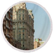 Midtown Manhattan Apartments Round Beach Towel