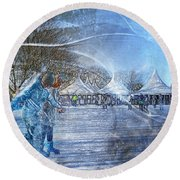 Midwinter Blues Round Beach Towel