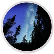 Milky Way Among The Trees Round Beach Towel