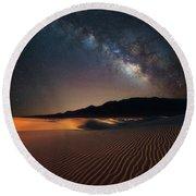 Milky Way Over Mesquite Dunes Round Beach Towel
