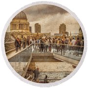 London, England - Millennium Bridge II Round Beach Towel