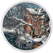 Mill House In Winter Round Beach Towel