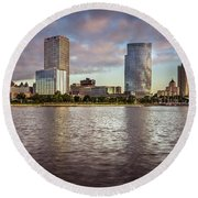 Milwaukee Skyline Round Beach Towel