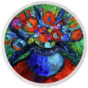 Mini Floral On Red Round Table Round Beach Towel