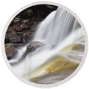 Minneopa Falls Closeup Round Beach Towel