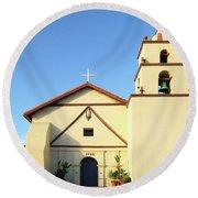 Mission San Buenaventura, Ventura, California Round Beach Towel