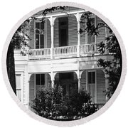 Mississippi Haunted House Round Beach Towel