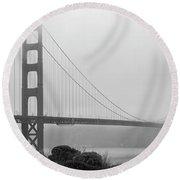 Misty Golden Gate Round Beach Towel