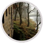 Misty Morning On The Illinois Michigan Canal  Round Beach Towel