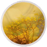 Misty Yellow Hue -poui Round Beach Towel