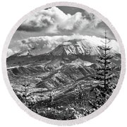 mMt. St.Helens Autumn in Black and White Round Beach Towel