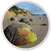 Moeraki Boulders Round Beach Towel