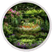 Monet's Lush Trellis Garden In Giverny, France Round Beach Towel