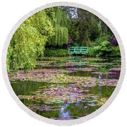 Monet's Waterlily Pond, Giverny, France Round Beach Towel