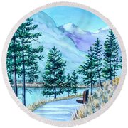 Montana Lake Como With Bench Round Beach Towel