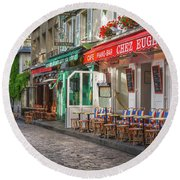 Montmartre Cafe Round Beach Towel