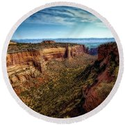 Monument Canyon And Saddlehorn Round Beach Towel