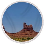Monument Valley North View Round Beach Towel