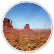 Monument Valley Utah The Mittens Round Beach Towel