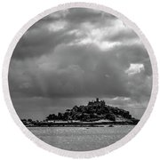 Moody Mount Round Beach Towel